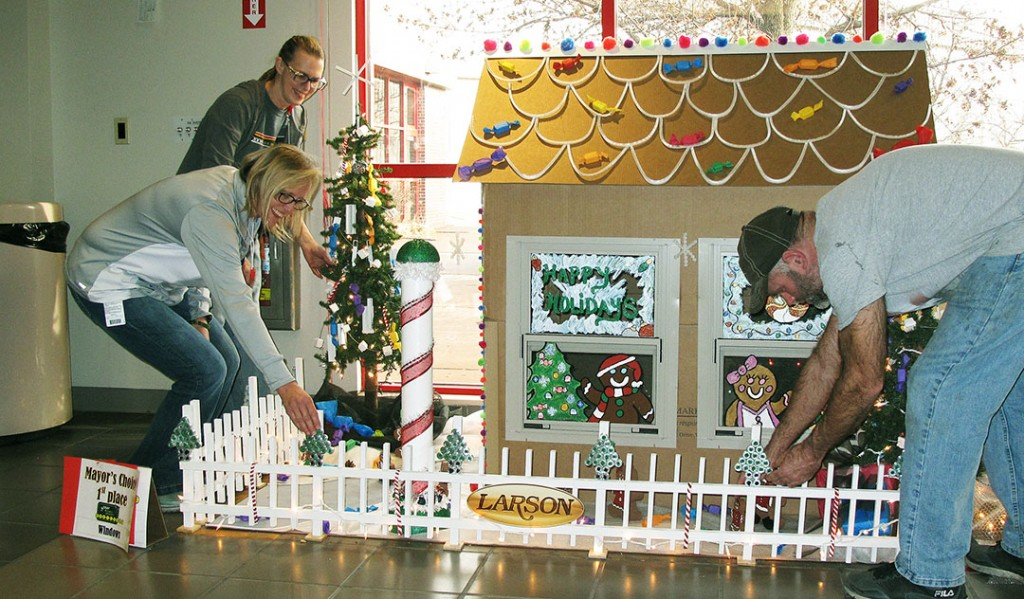 Brookings Register | Scrappy decorations